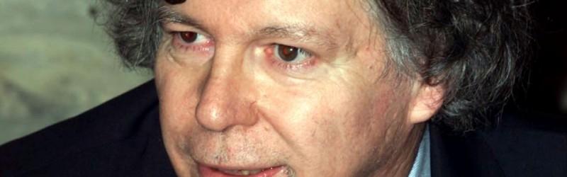 """Massimo Fini: """"Ormai la democrazia l'hanno messa in banca"""""""