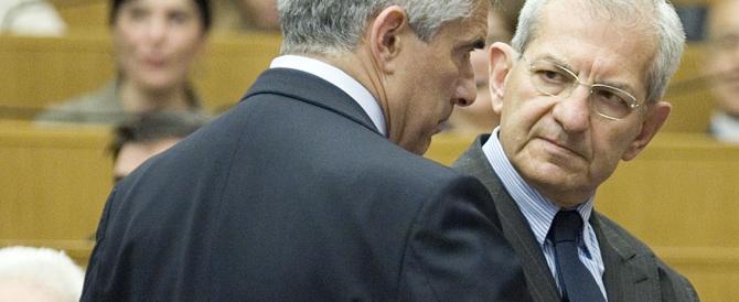 «Bersani vuol distruggere Nichi e andare con Casini»