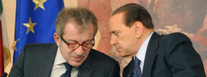 """Berlusconi tuona contro gli """"speculatori"""" europei"""