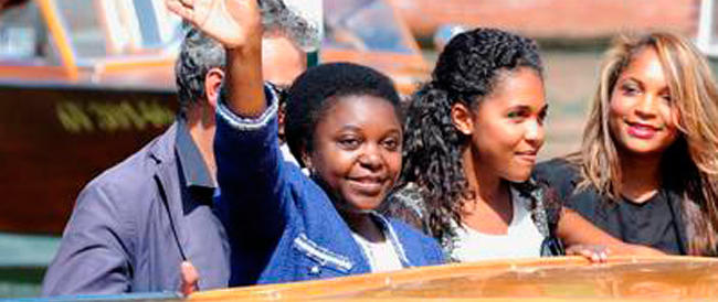 La Kyenge va a Venezia e parla di immigrazione come se non fosse altro che… un film
