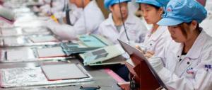 """Nella Cina """"rossa"""" la classe operaia va in paradiso (con il sesso a pagamento)"""