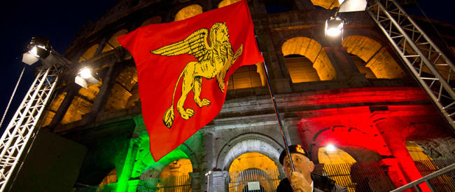 Il marò Latorre su Fb: «Mi sento impotente ma orgoglioso di essere italiano»