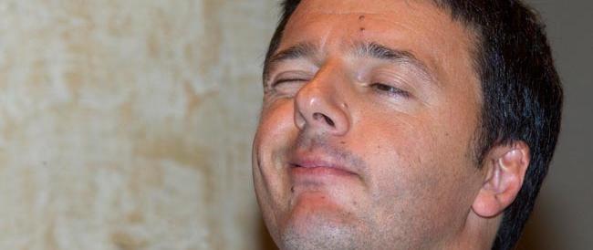 Renzi presenta il suo documento e lancia un altro siluro a Letta: «Larghe intese faticose»