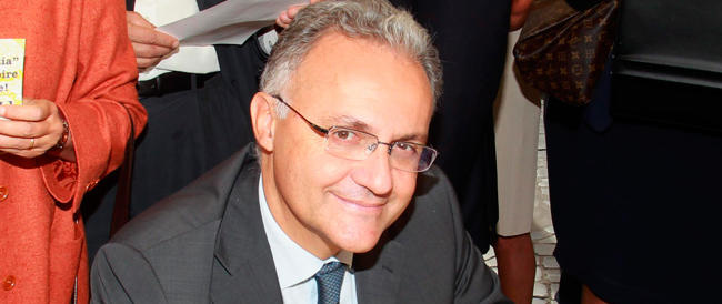 """Scelta civica, altro """"schiaffo"""" al Prof: prevale la """"linea Mauro"""" e si dimette Susta, capogruppo al Senato"""