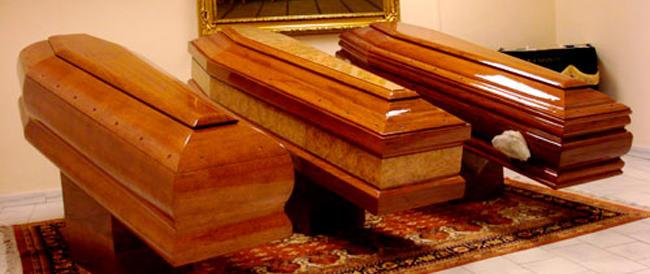 """La """"cricca"""" del caro estinto rubava i pace-maker ai morti. Scandalo necrofilo a Pesaro, ventisette indagati"""