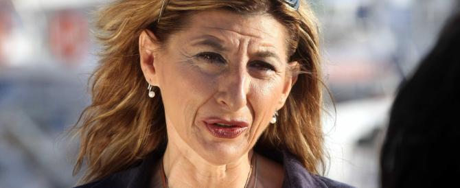 Lampedusa, l'Ue verso il sì alle richieste italiane. Il sindaco: «Avete visto le bare, non deludeteci»