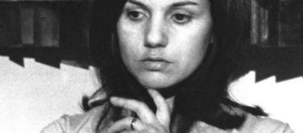 """La """"Pupetta Maresca"""" di Alessandra Mussolini rispunta in sala dopo vent'anni di veleni e censure"""