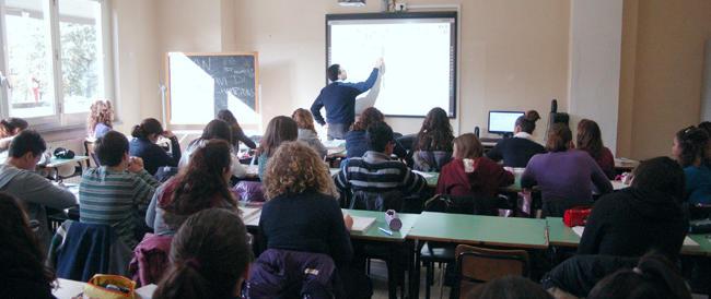 """Anche l'Ocse ha certificato la regressione culturale dell'Italia: siamo i """"nuovi analfabeti"""""""