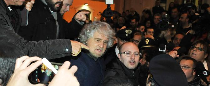 Grillo ora fa l'economista: via la Cig, è un'invenzione della famiglia Agnelli (ma non è vero)