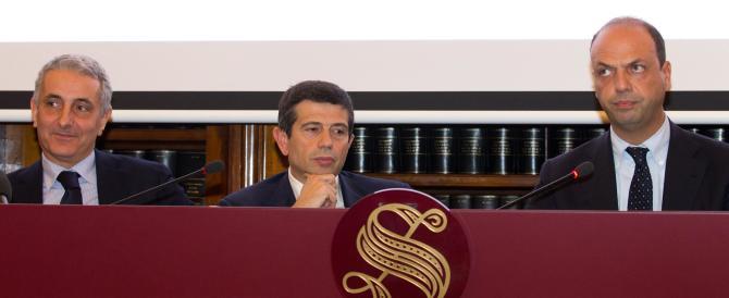 """Alfano tira fuori il """"quid"""": il governo dipende da noi. E stuzzica Renzi: il premier Letta è del tuo partito…"""