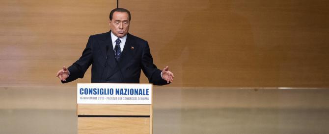 Berlusconi si allena per l'opposizione e minaccia di non votare la legge di Stabilità