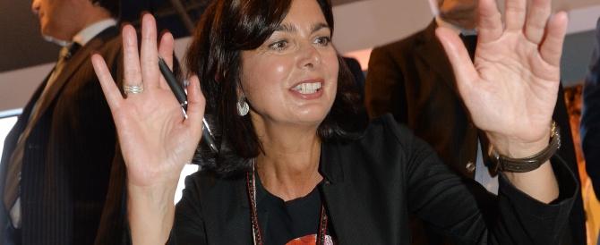 La Boldrini alla guerra dei sessi, appello alle donne contro i fratelli maschi: «Ribellatevi sin da bambine…»
