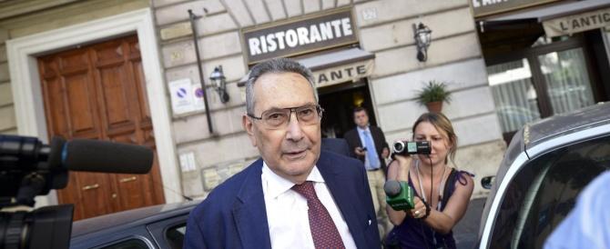 """L'equivoco è sciolto: Berlusconi non ha mai chiesto la grazia. Dal Pd un altro """"no"""" al rinvio sulla decadenza"""