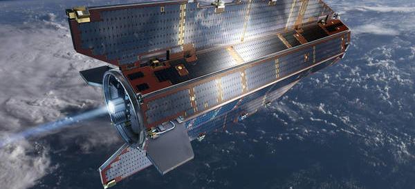 """Un satellite cadrà domenica sulla Terra. La Protezione civile avverte che """"c'è un rischio minimo anche in Italia"""""""