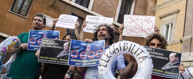 Il Popolo Viola rispunta in piazza per sfidare il presidio pro-Berlusconi. Un incrocio molto pericoloso…