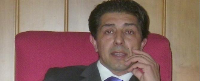 A Carlantino, nel Foggiano, finisce in manette un sindaco del Pd: avrebbe intascato una mazzetta da 5mila euro