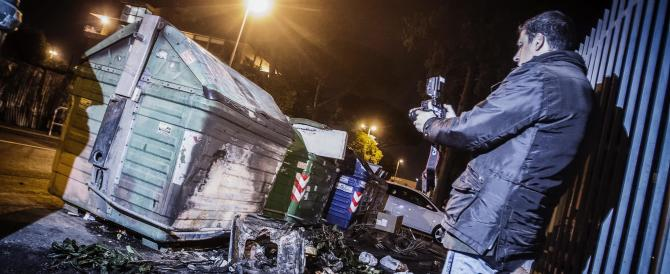 Immigrato denuncia di essere stato bruciato e gettato in un cassonetto. Ma s'era inventato tutto