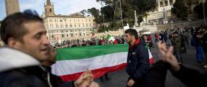 Forconi, in migliaia a piazza del Popolo. Ritrovata una microspia vicino al presidio di CasaPound