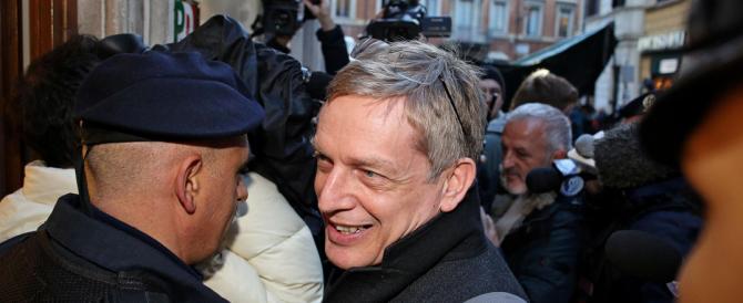 Nuova tempesta nel Pd, Cuperlo si dimette dalla presidenza dopo gli sfottò e le accuse di Renzi