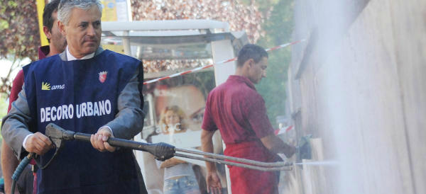 Iniziamo bene: Marino piazza al vertice dell'Ama un indagato… per frode sui rifiuti. Le accuse di Benvenuti