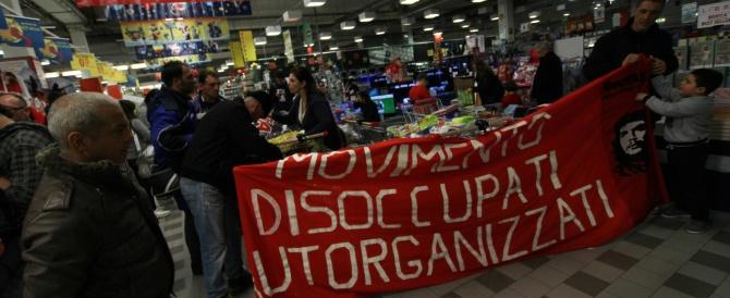 Lieve calo della disoccupazione, ma anche degli occupati. Letta esulta, gli italiani un po' di meno