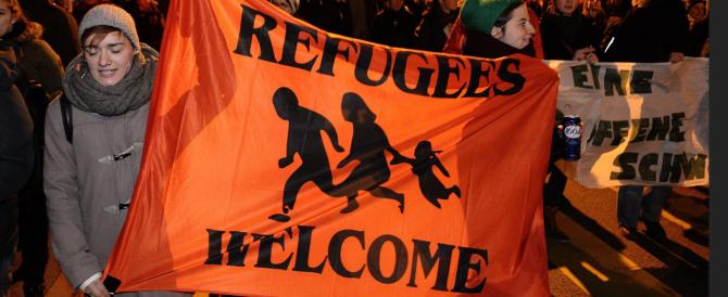 """La """"civilissima"""" Svizzera dice no all'immigrazione di massa. E mette a rischio anche i posti di lavoro degli italiani"""