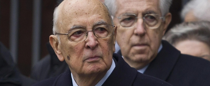 Forza Italia: Napolitano regista del complotto. La replica: fumo, solo fumo. È l'atto finale del governo Letta?