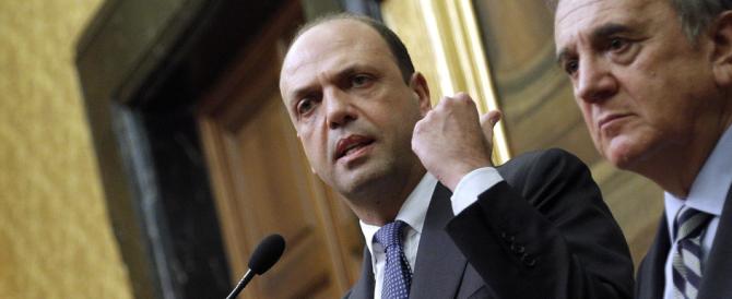 Alfano prepara l'abbraccio a Renzi ma mette i paletti su patrimoniale e garantismo
