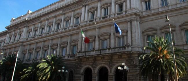 Bankitalia svenduta, la battaglia si sposta nei tribunali: pronto l'esposto dei consumatori a 100 procure