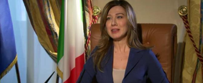 """Vietato imitare la Boschi? La Boldrini accusa anche la satira di """"sessismo"""""""