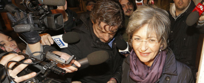 La strada di Renzi verso l'Italicum è lastricata di trappole. Come quella che gli prepara la Finocchiaro