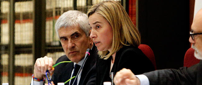 Marò, il ministro Mogherini conferma: si va verso l'arbitrato internazionale