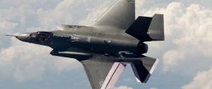 """E la Pinotti si adegua al """"verbo"""" di Obama: contrordine compagni, gli F35 non si toccano!"""