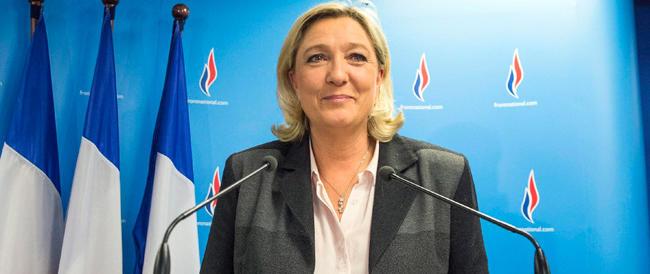 La Francia boccia Hollande: la gauche perde 155 città. A Marine Le Pen 15 sindaci