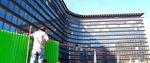 Bruxelles, uno degli attentatori ha lavorato per il Parlamento europeo