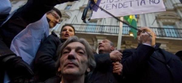Alberto Torregiani porta al congresso di FdI la ferita del caso Battisti: «L'Italia si è fatta umiliare»