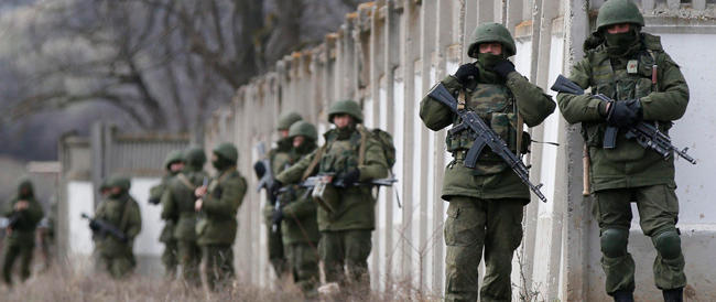 Kiev: «La Russia ha attaccato una nostra base in Crimea». E Mosca prepara nuove esercitazioni