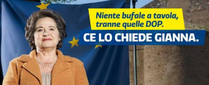 """Le """"bufale"""" del Pd sui manifesti elettorali: dalle mani sulla città alle mani sulla mozzarella"""