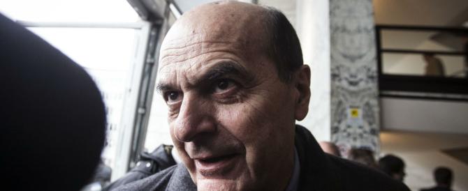 Senato, i frondisti del Pd non mollano. Bersani: «La riforma di Renzi va bene per il Sudamerica…»