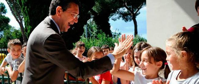 Genitori aspiranti idraulici cercasi per la manutenzione delle scuole: è l'era Marino, bellezza!