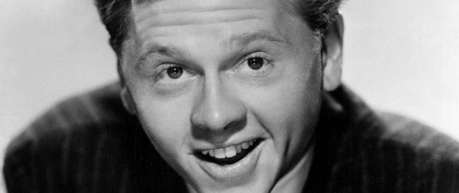 """La morte di Mickey Rooney, il """"piccolo-grande"""" attore che per 90 anni ha fatto sorridere l'America"""