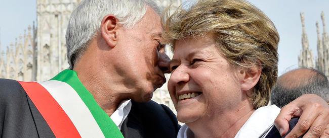 La foto di Pisapia e la Camusso abbracciati è un pugno nello stomaco: il centrodestra esca dal torpore