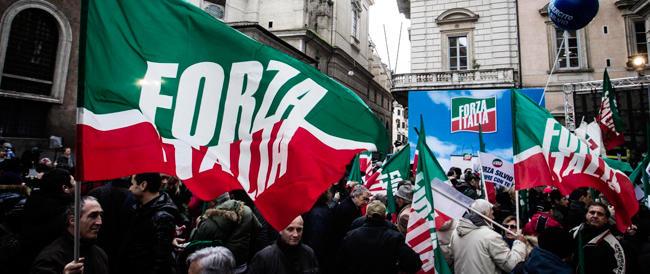 Riforme più lontane, ma restare in mezzo al guado a Forza Italia non gioverà