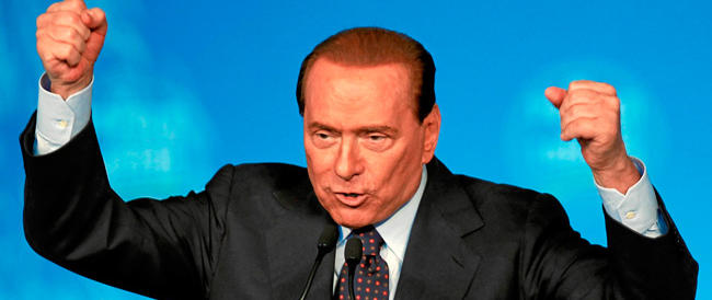 Altolà della Procura: se Berlusconi parlerà male dei giudici salterà l'affidamento ai servizi sociali