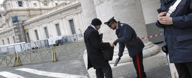 Incidenti, multe e borseggi: il Vaticano somiglia sempre più a Roma…