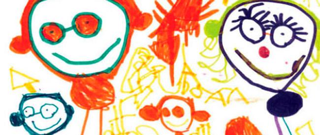 Vuoi che tuo figlio disegni mamma e papà? L'assessore milanese dice che discrimini i gay…