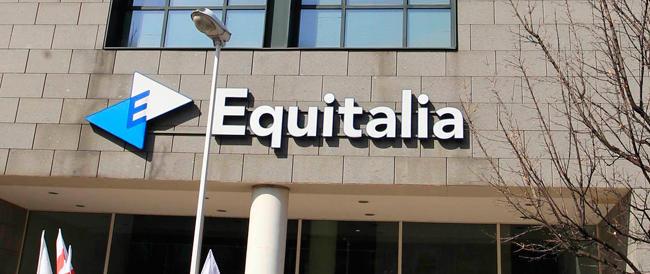 Bustarelle per rateizzare e cancellare i debiti con l'Erario: arrestato un funzionario di Equitalia