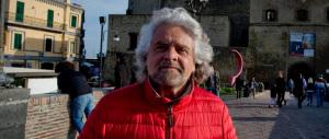 Grillo cerca fondi per le Europee: «Servono un milione di euro». Gli scissionisti chiedono l'impeachment
