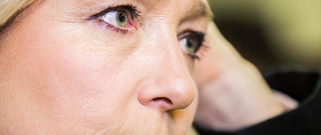 Marine Le Pen: non lo avete ancora capito? Il vostro Beppe è solo un bluff, ma quale lotta al sistema…