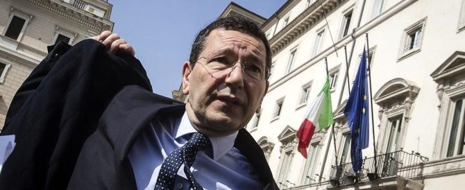 """Marino e la grana del rimpasto. Anche il Pd lo scarica, Renzi furioso per le """"beghe locali"""""""